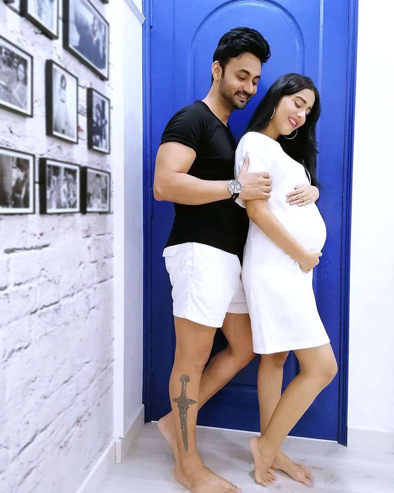Here's the first picture of Amrita Rao's baby boy, Veer