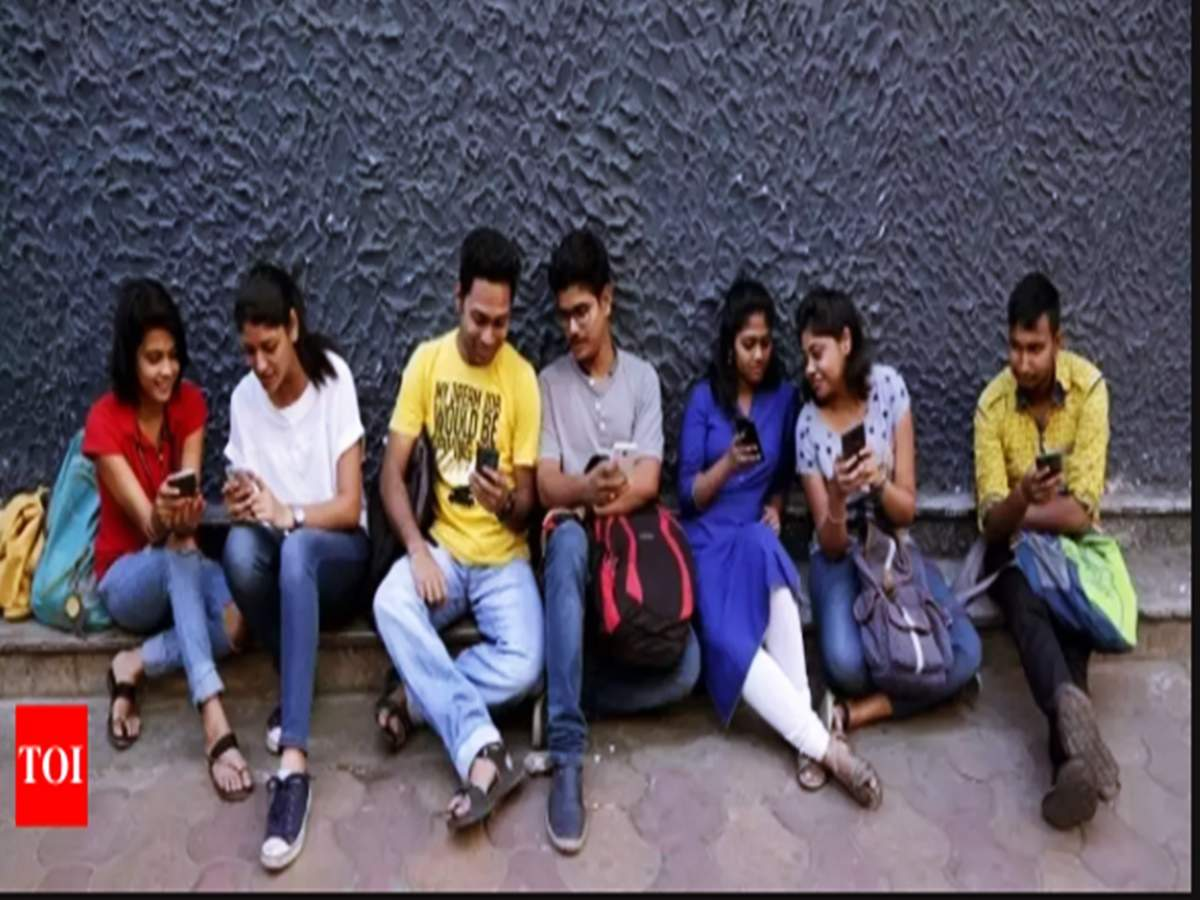 More than 5000 register on first day for DU's SOL admissions