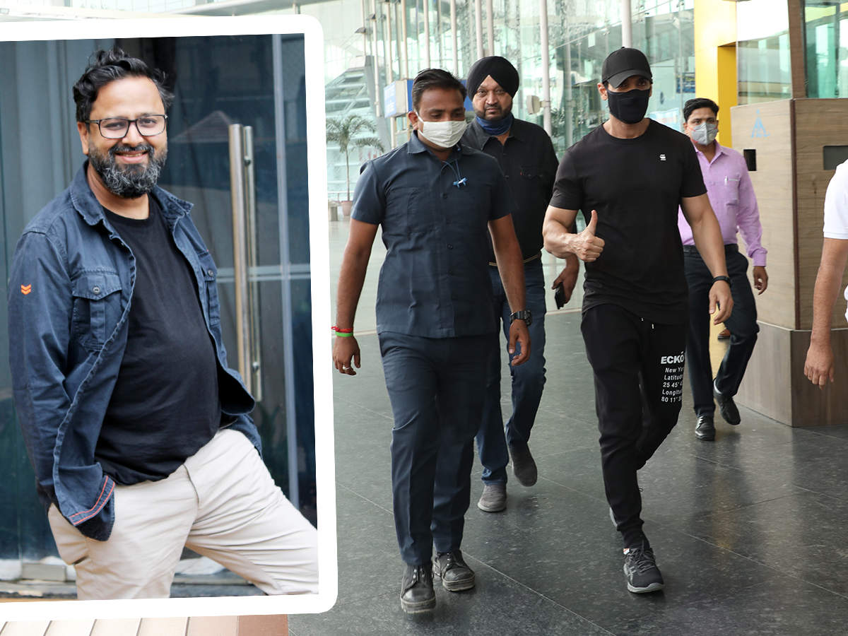 (L) Accompanying John was producer Nikkhil Advani (R) John Abraham (BCCL/ Aditya Yadav)