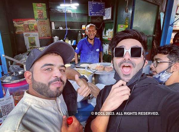 Bollywood actor Aparshakti Khurana visits 'Baba Ka Dhaba', says he enjoyed the 'matar paneer'