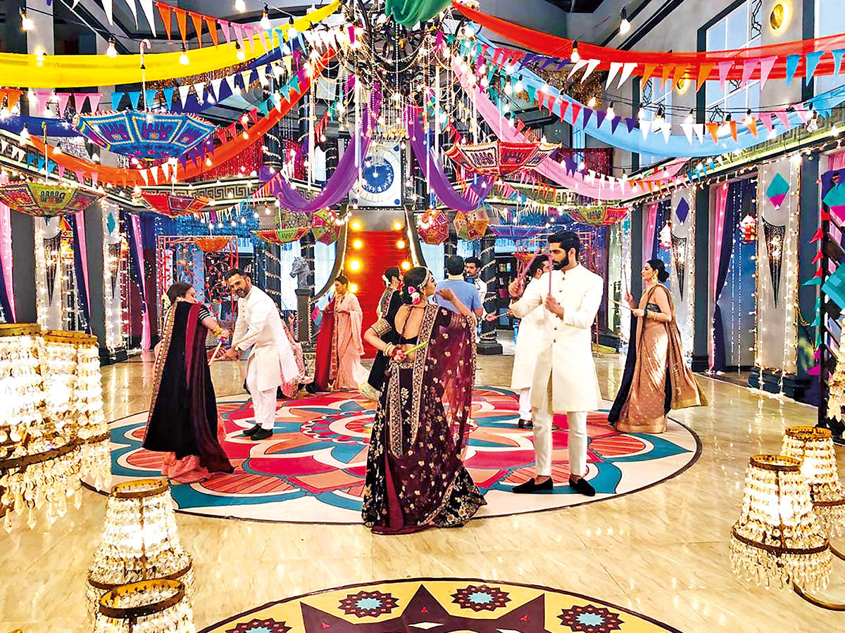 A scene from the Navratri celebrations from the show Ishq Mein Marjawan 2 (BCCL)