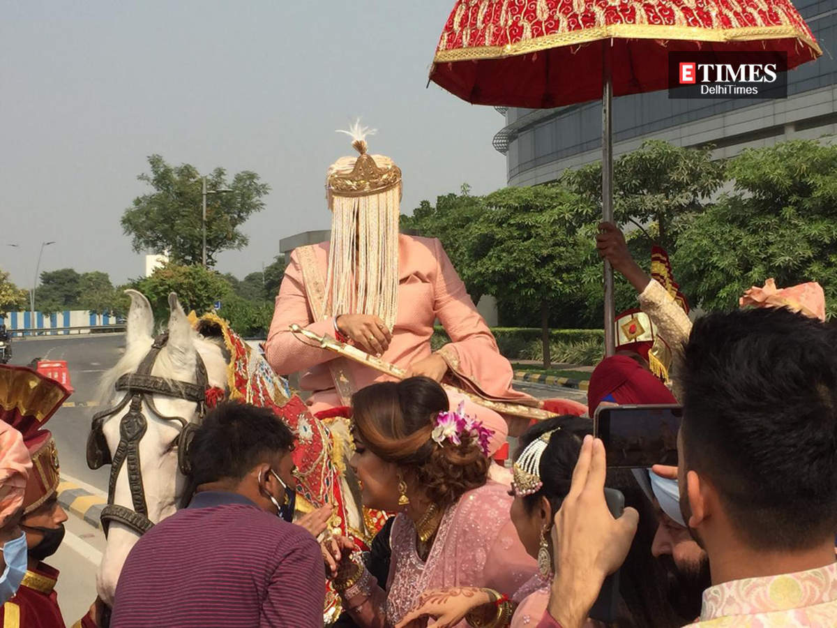 Neha Kakkar Wedding News, Rohanpreet Singh Marriage Photos & Videos