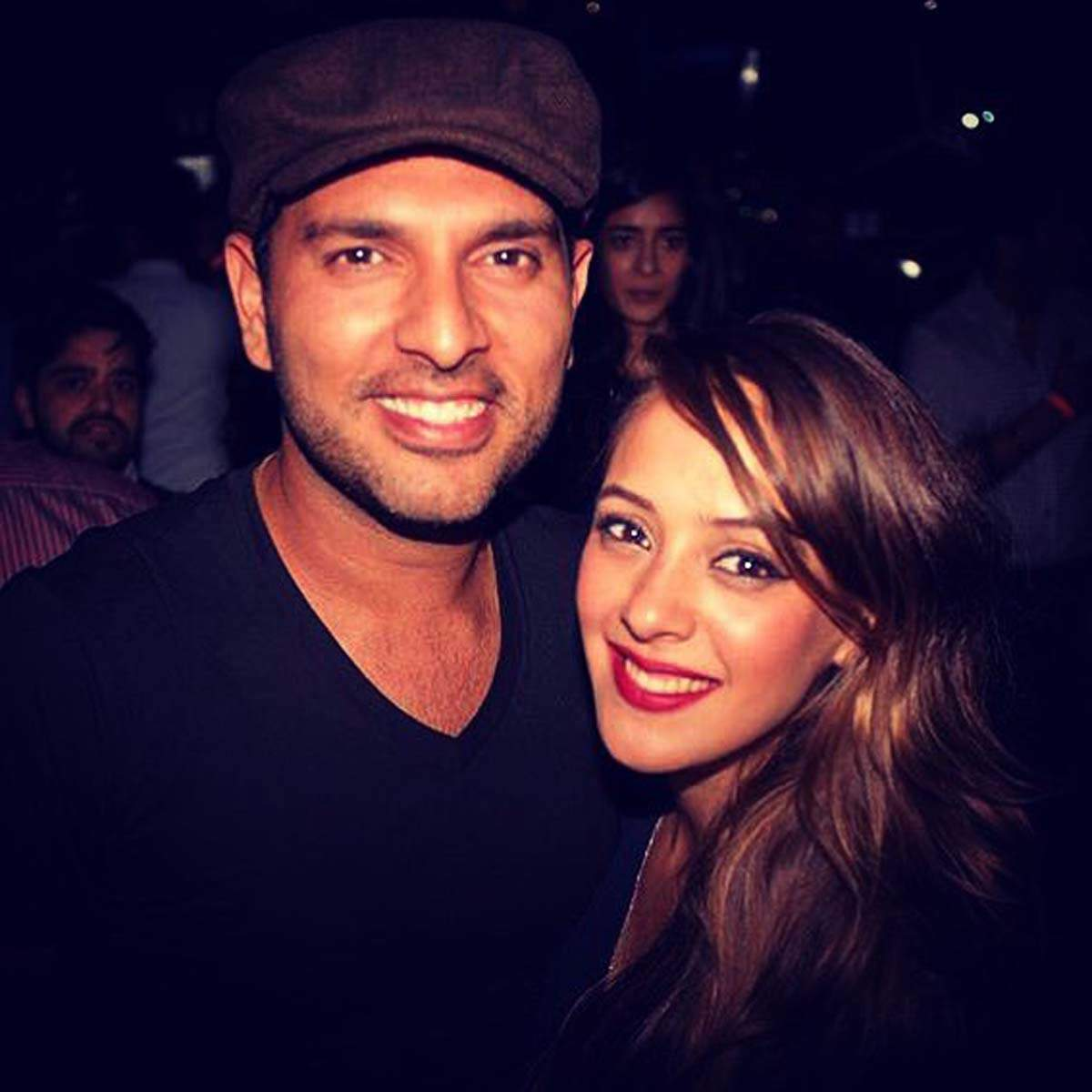 Yuvraj Singh trolls his ex Kim Sharma for sharing a throwback bikini picture