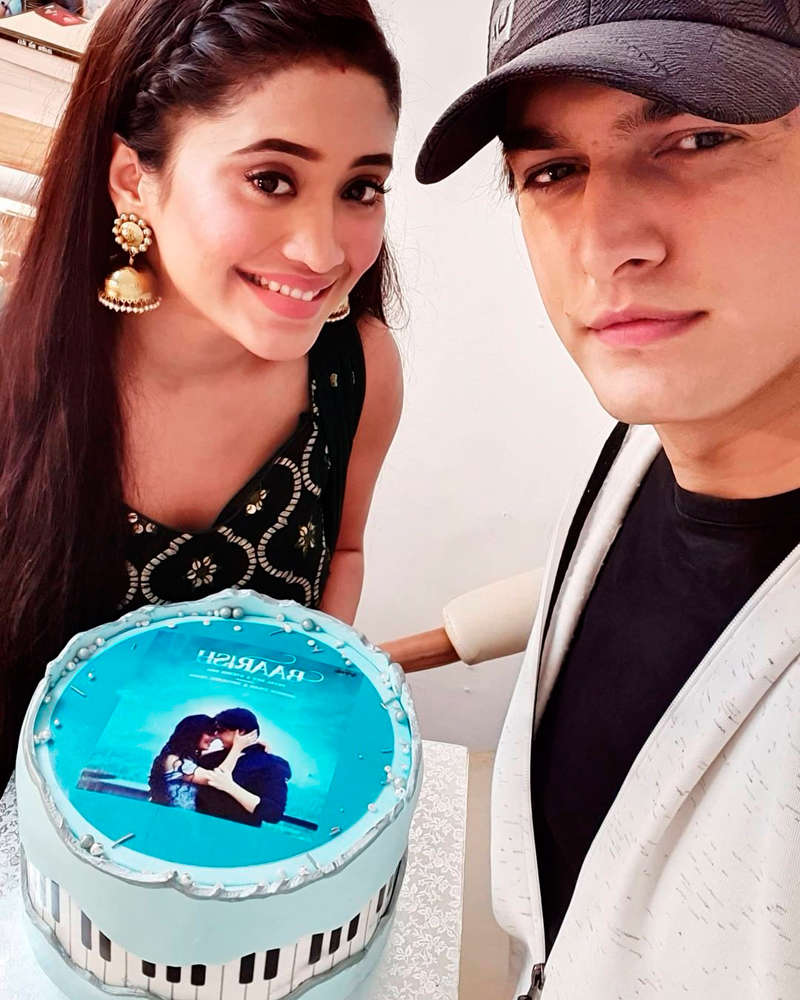 Yeh Rishta Kya Kehlata Hai's Mohsin Khan rings in his birthday with family