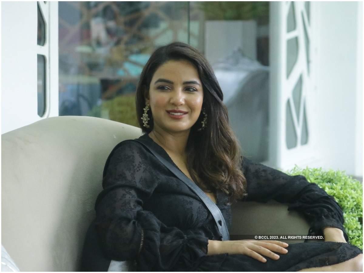 Jasmin Bhasin inside the Bigg Boss house