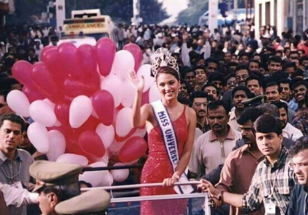 Lara Dutta shares memories from her grand homecoming post her win as Miss Universe 2000