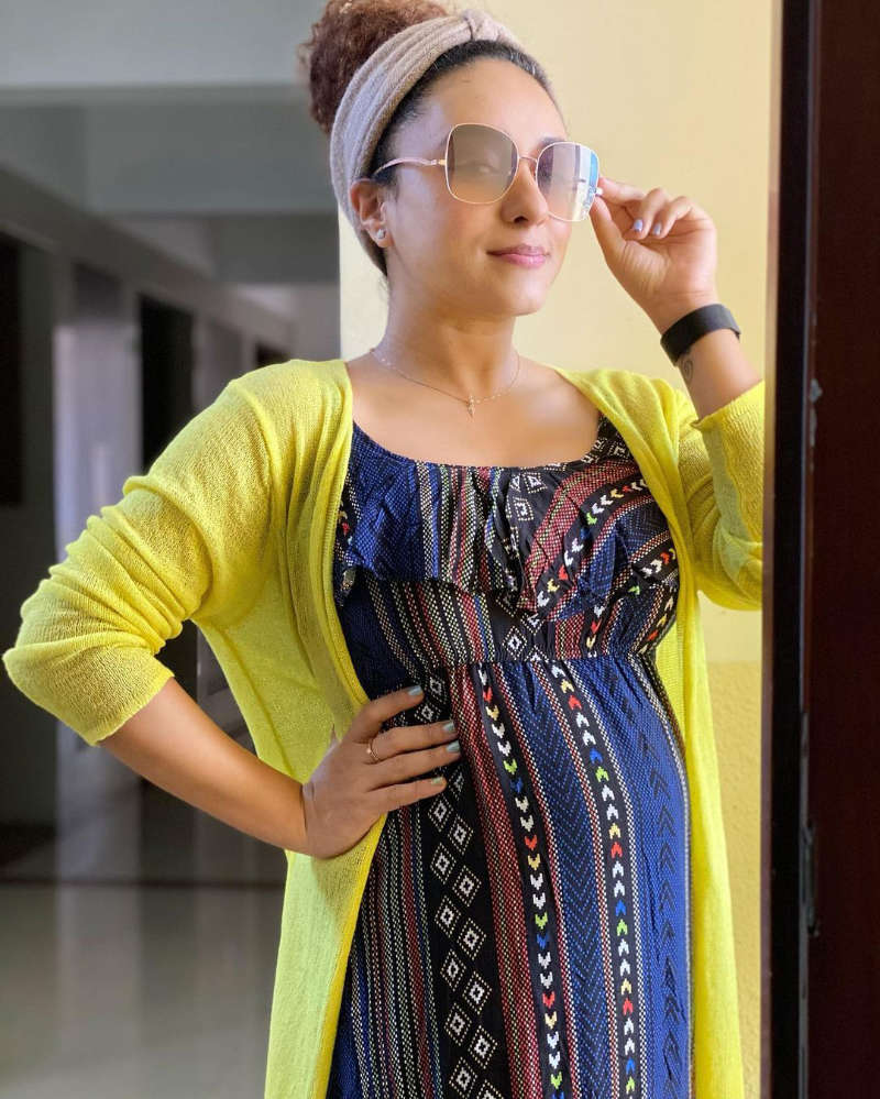 Pearle Maaney flaunts her baby bump as she enjoys babymoon in Vagamon