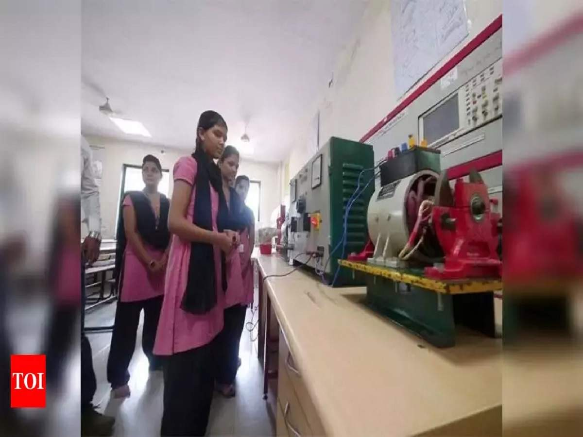 Industrial Training Institutes in Karnataka to be transformed as technology hubs