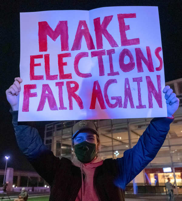 US Elections: Protests erupt across America