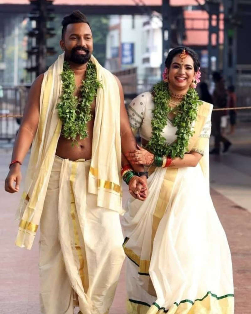 'Kudumbavilakku' star Saranya Anand ties the knot with Manesh Ranjan