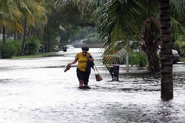 Tropical Storm Eta floods South Florida