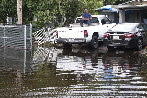 Tropical Storm Eta floods South Florida