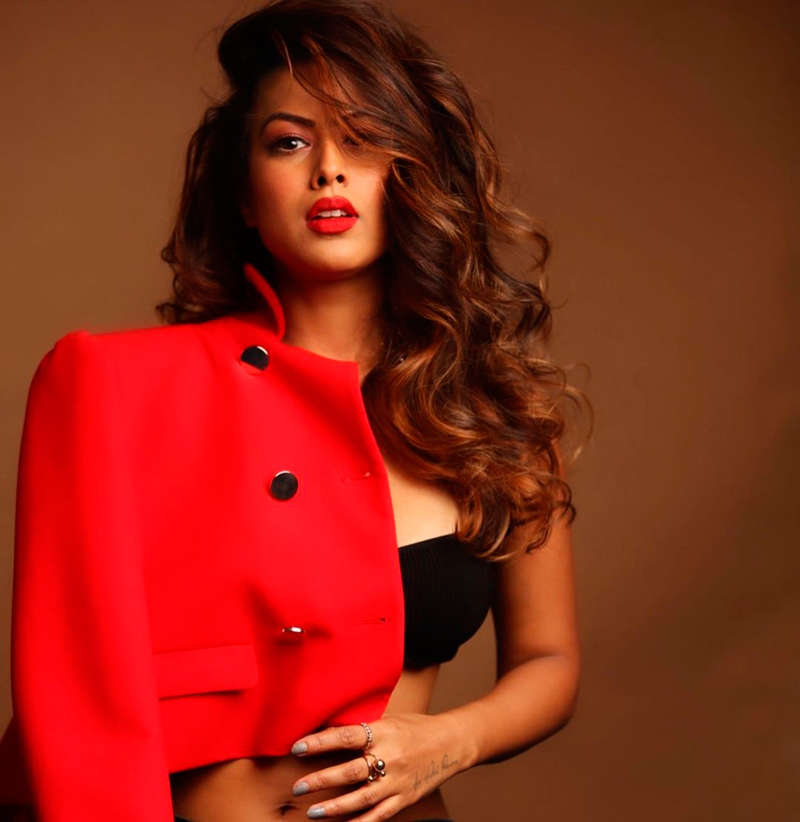 Nia Sharma shakes up the cyberspace with her alluring pictures