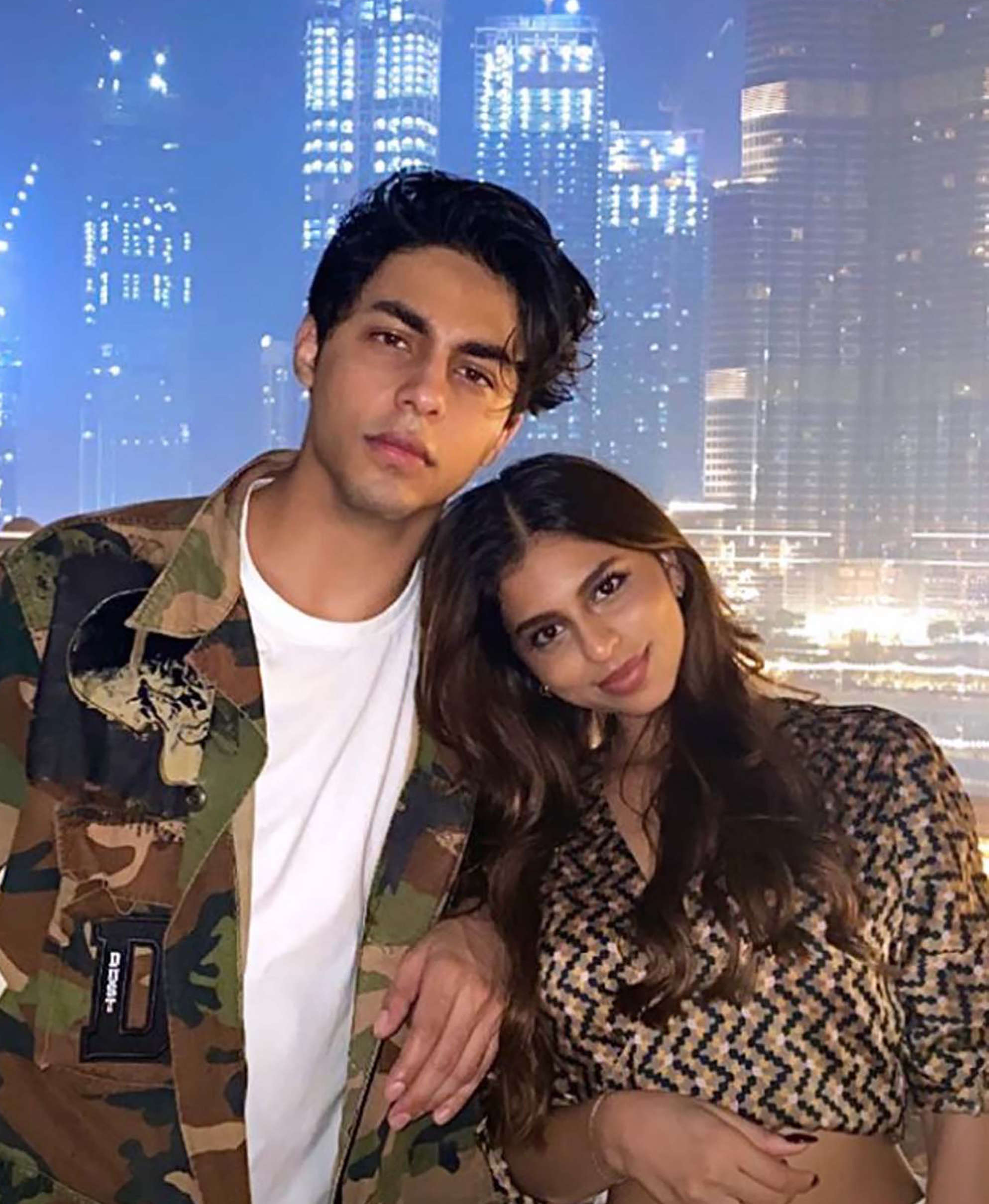 Suhana Khan wishes her brother and 'bestie' Aryan Khan with this cute photo