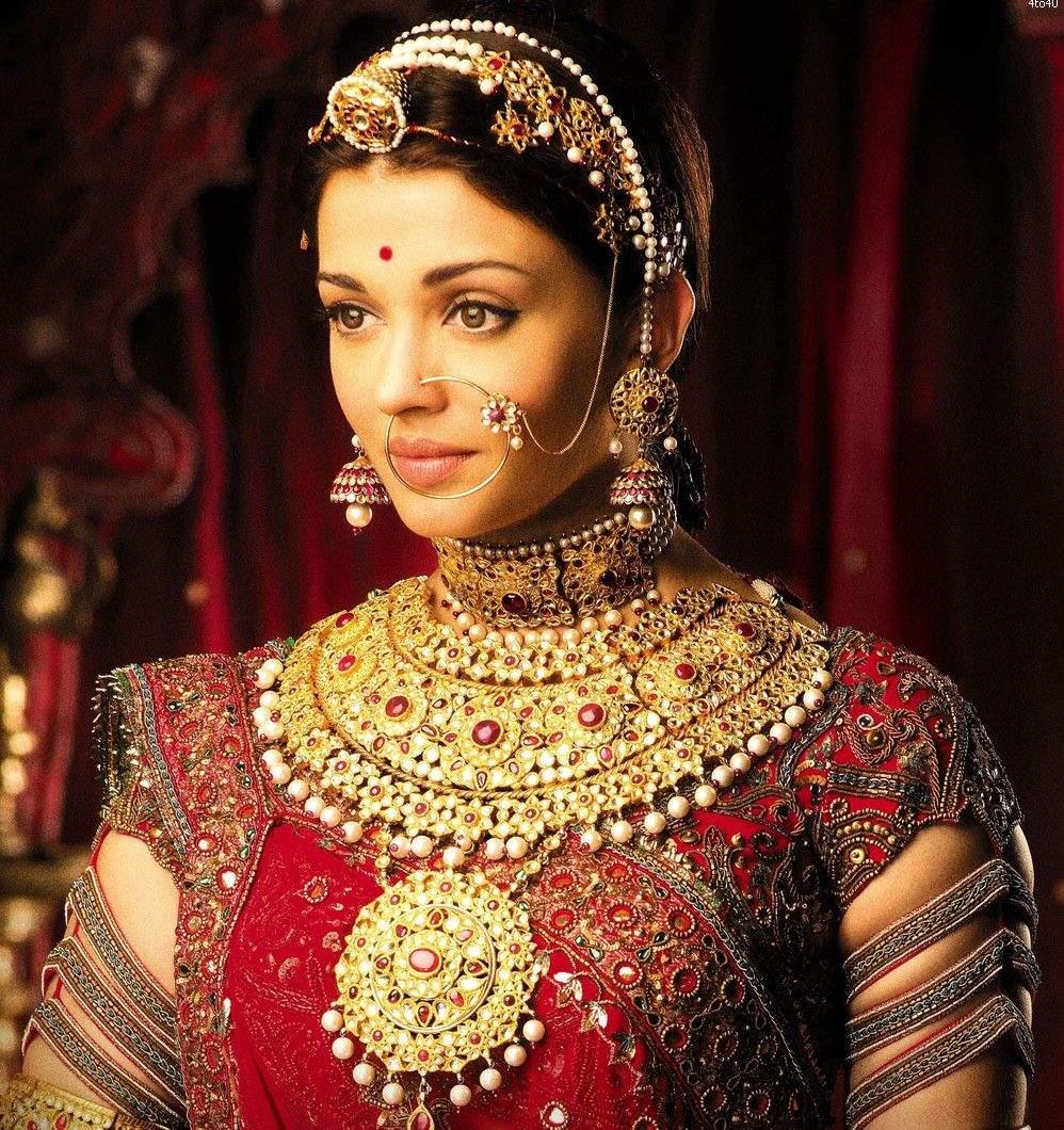padmaavat style choker: Family jewels get Padmaavat ...