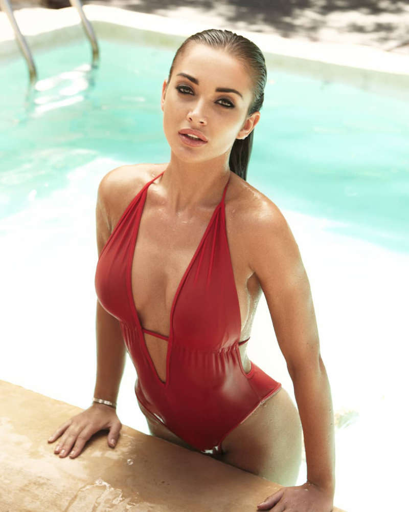 Amy Jackson will take your breath away with these stunning pictures