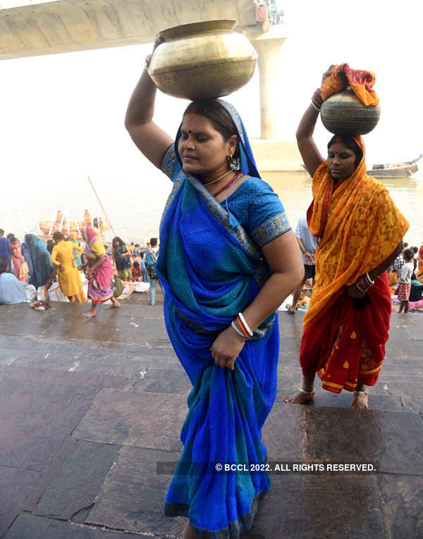 Chhath Puja celebrations begin with COVID-19 precautions