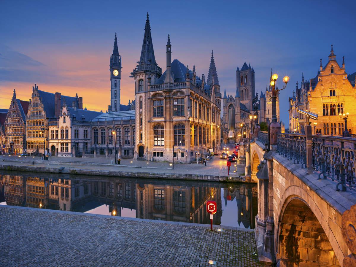 Christmas travel: Belgium exempts Santa Claus from nightly curfew, quarantine!