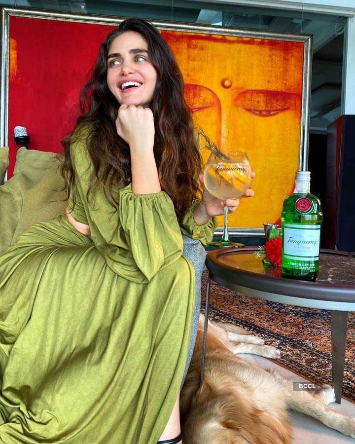 Gabriella Demetriades' stunning pictures are a rage on the internet