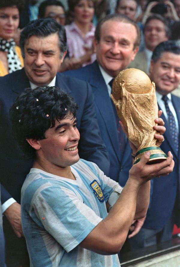 Football legend Diego Maradona dies of heart attack