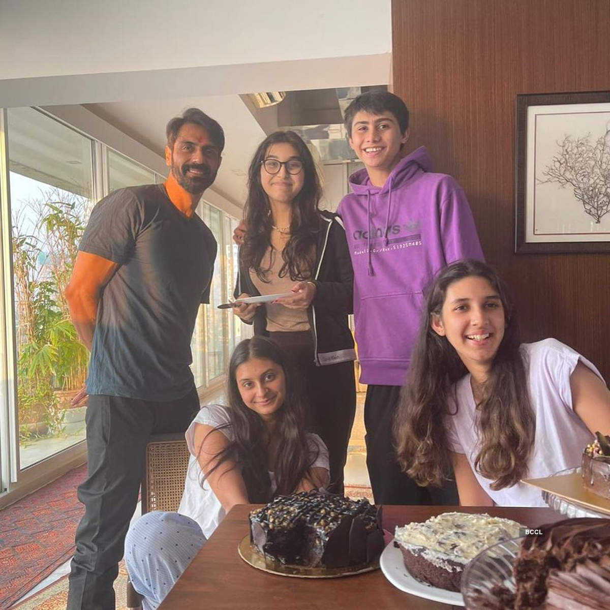 Arjun Rampal spent quality time with loved ones on his birthday!