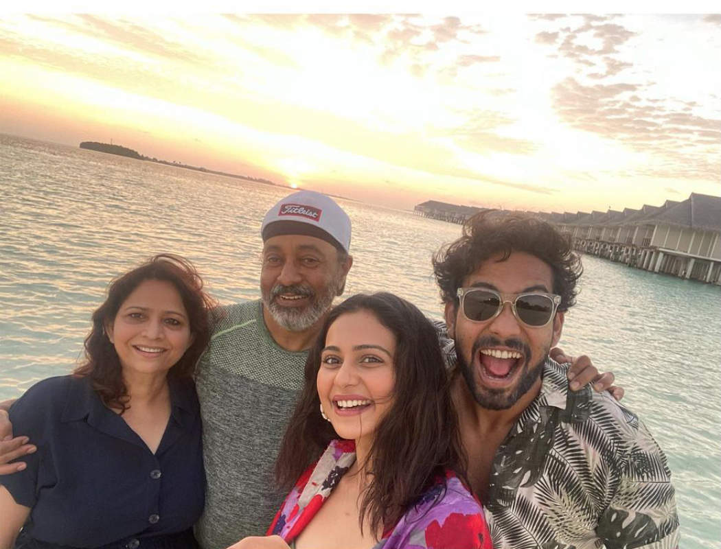 Rakul Preet Singh's beach vacation pictures will make you pack your bags!