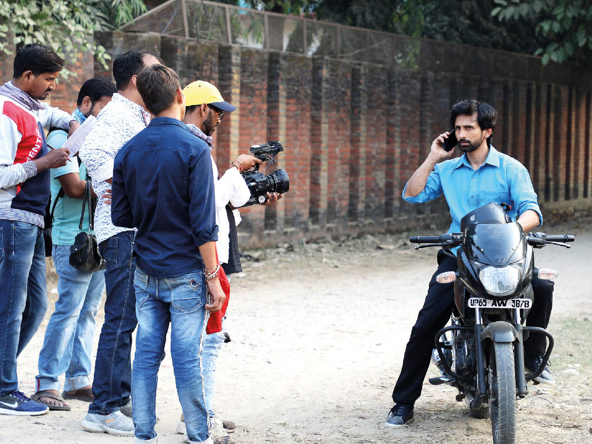Nivaan Sen shooting in the city (BCCL/ Arvind Kumar)