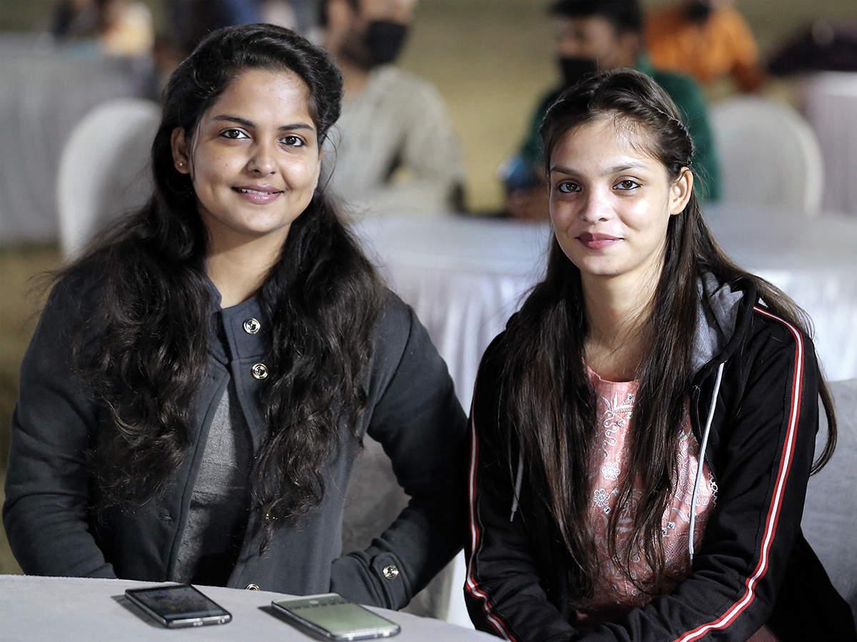 Annapurna (L) and Shripurna Shukla (BCCL/ Aditya Yadav)