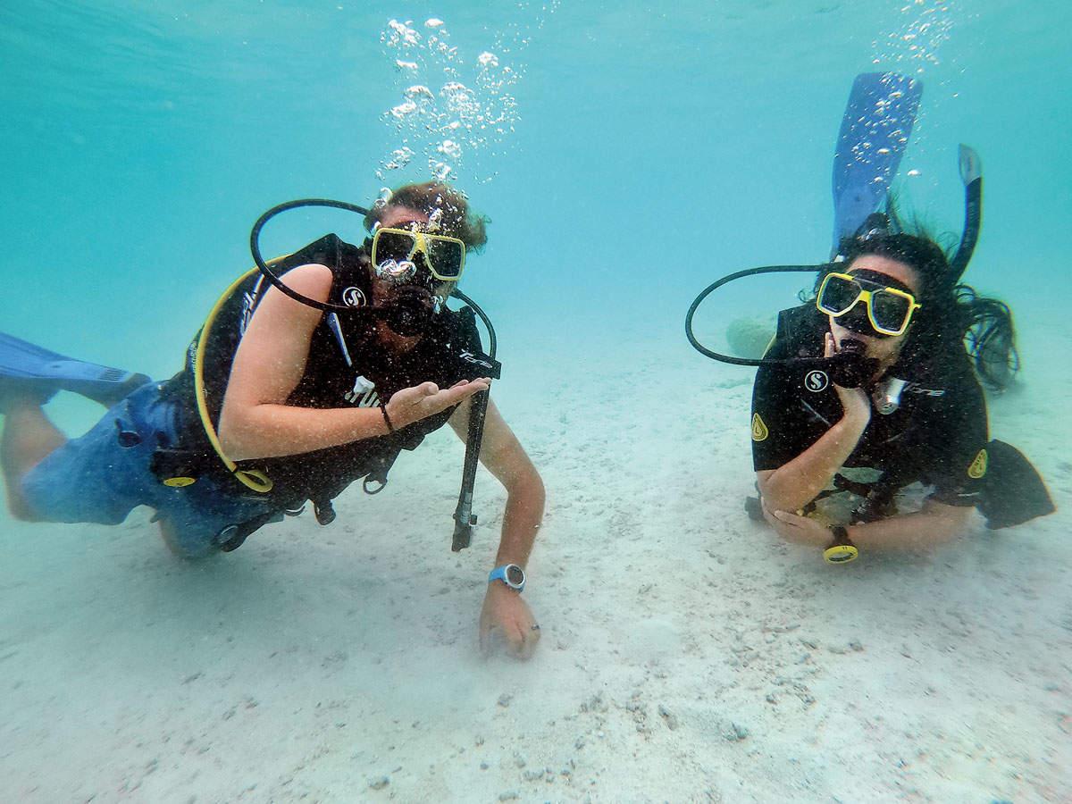 Sonakshi Sinha ventures underwater