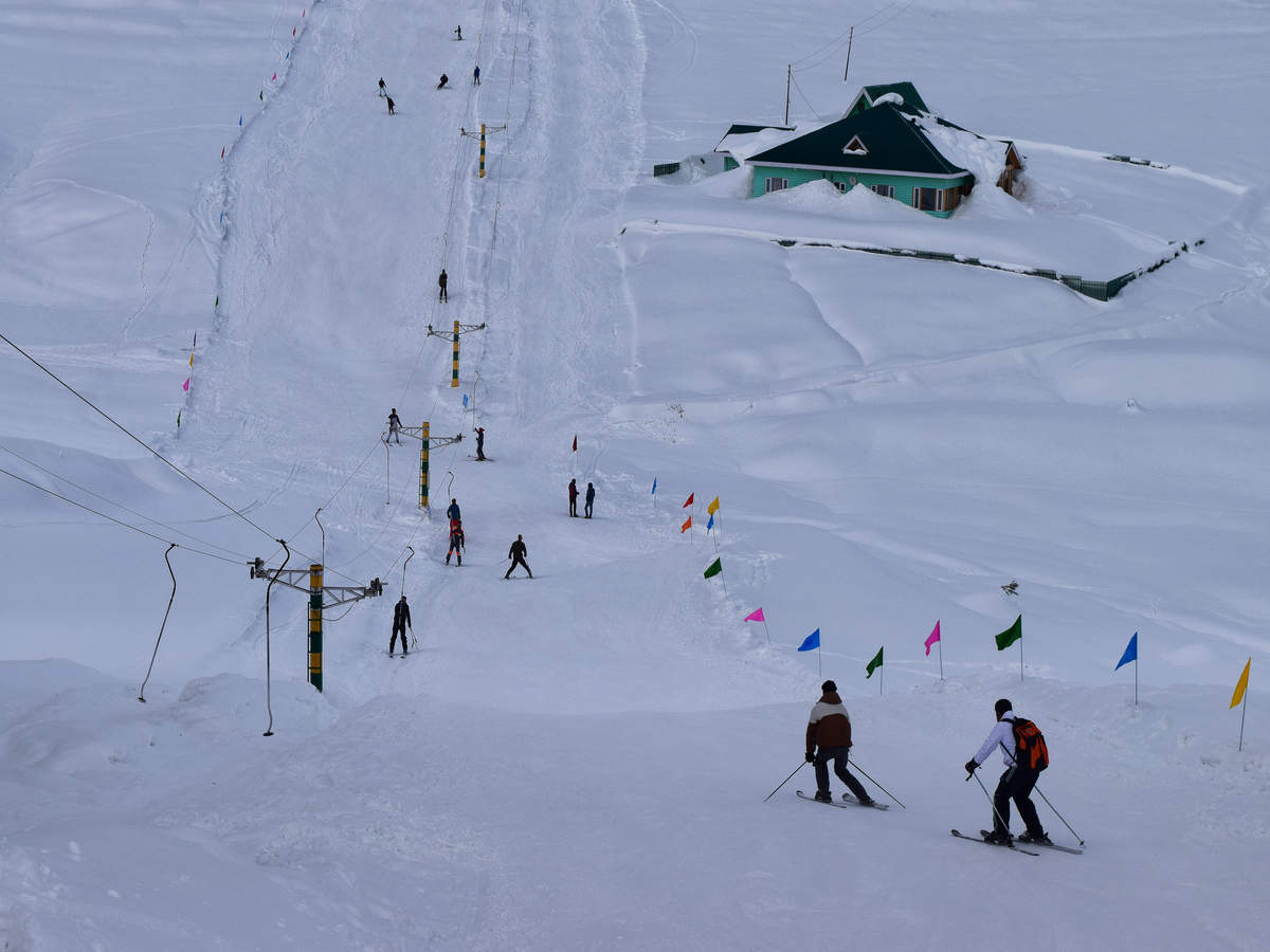 Europe divided over skiing season this year