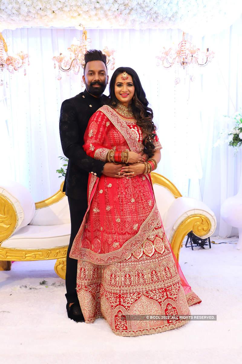Saranya Anand and Manesh Nair's wedding reception