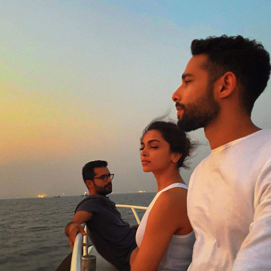 These photos of Deepika Padukone & Siddhant Chaturvedi get fans excited for upcoming film