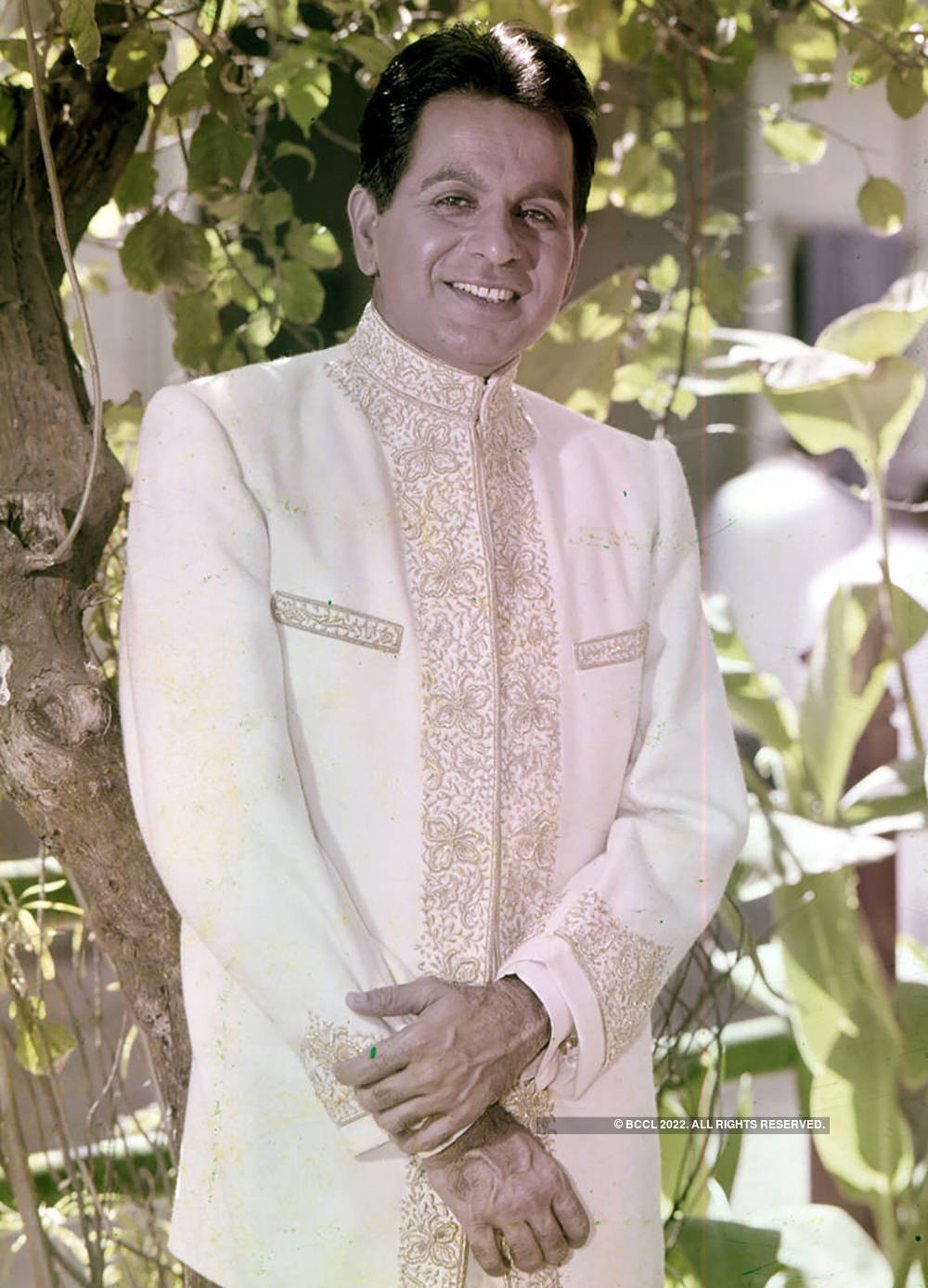 #GoldenFrames: Pictorial Biography of Dilip Kumar, Bollywood's first Khan!