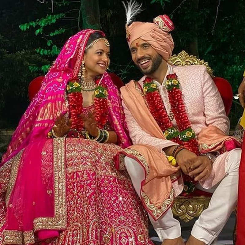 Wedding Pictures Of Bollywood Actor Choreographer Punit Pathak Go Viral Photogallery Etimes Help us build our profile of terence lewis! choreographer punit pathak go viral