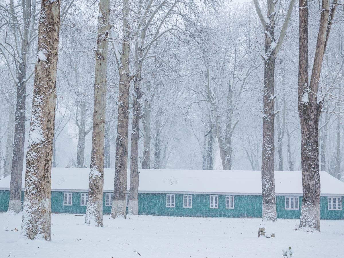 Kashmir plains receive season's first snowfall; major highways closed