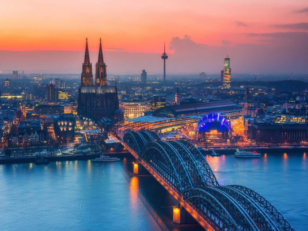 Germany to go under hard lockdown over Christmas
