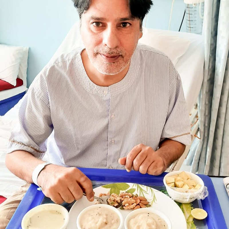 New pictures of Rahul Roy from the hospital go viral