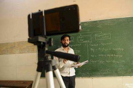 How teachers, parents are working towards app-solute success of e-classes