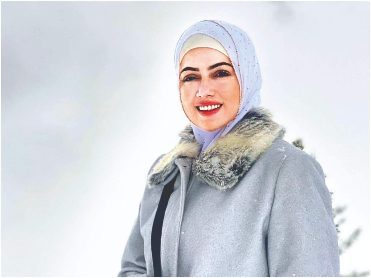 Sana Khan in Kashmir (Instagram)