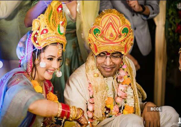 Murder 2 actress Sulagna Panigrahi ties the knot with stand-up comedian Biswa Kalyan Rath