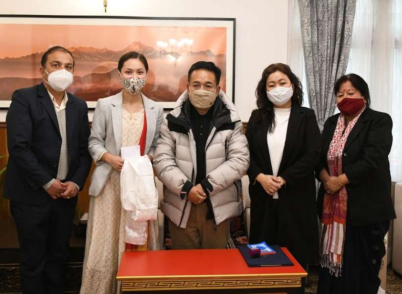 VLCC Femina Miss India 2020 State Winner Reetika Chettri Meets The CM of Sikkim