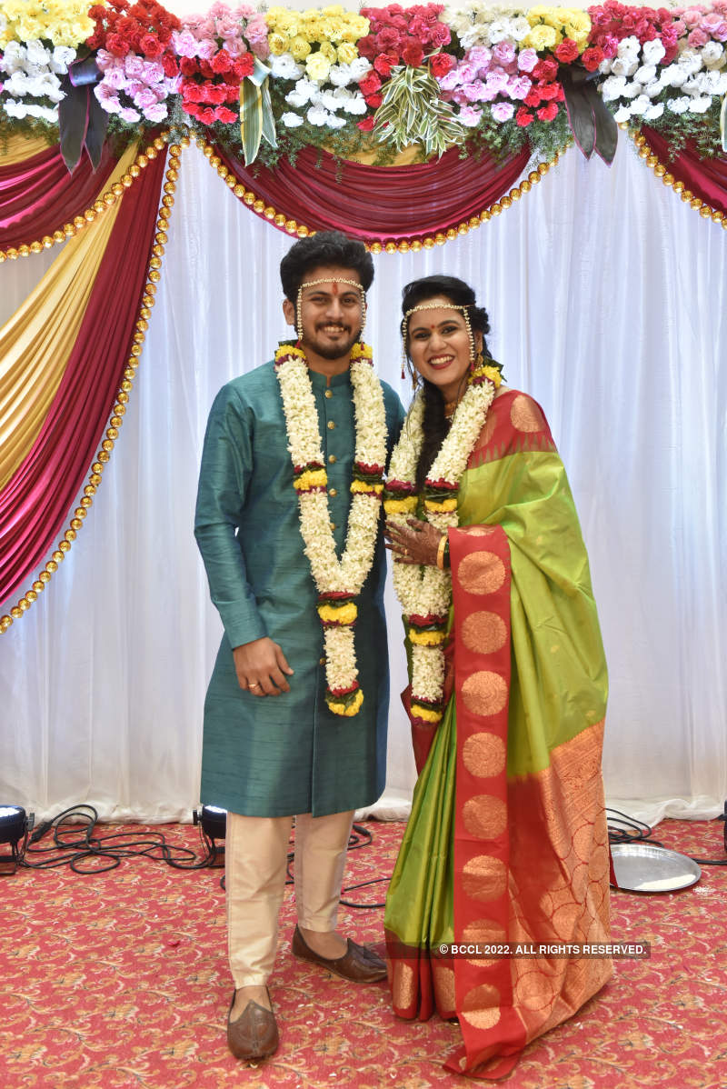Balak Palak actress Shashwati Pimplikar ties the knot with Rajendra Karmarkar