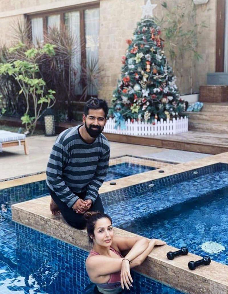 Malaika Arora enjoys sunny beach vacation in Goa with BFFs