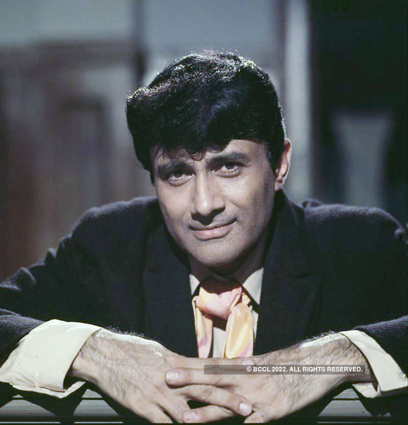 #GoldenFrames: Pictorial Biography of Dev Anand, Bollywood's Evergreen Hero!