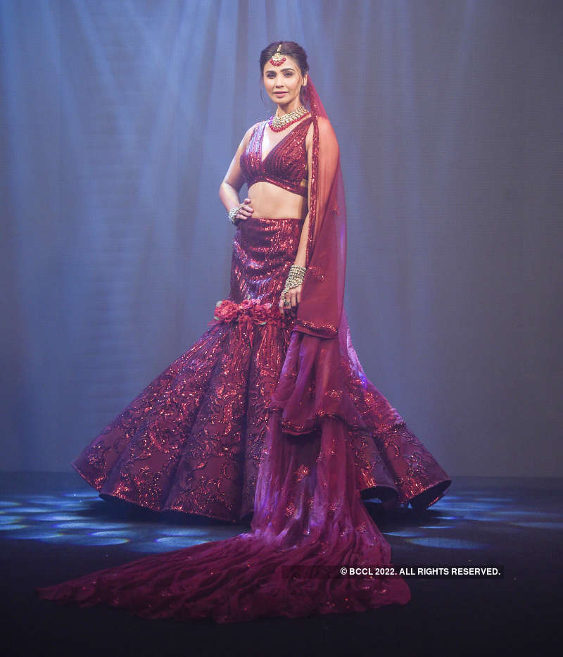 Bombay Times Fashion Week: Day 4 - Archana Kochhar