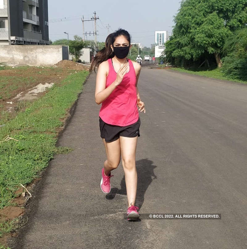 Actress Mehr Mahajan resumes outdoor workout after the lockdown
