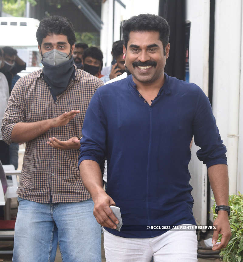 Actor Suraj Venjaramoodu celebrates his victory