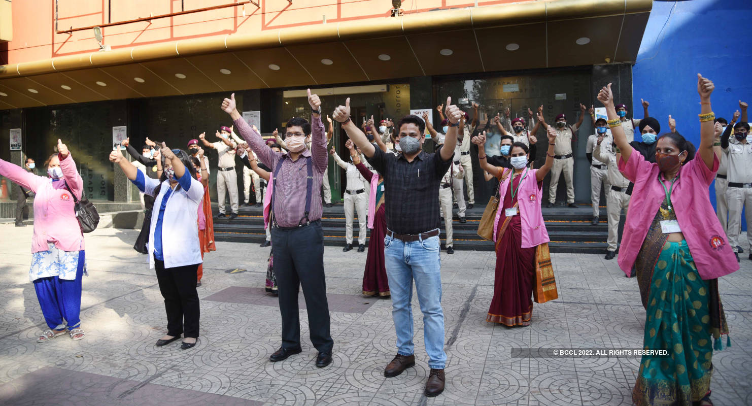 New Delhi multiplex back to showbiz with unsung warriors