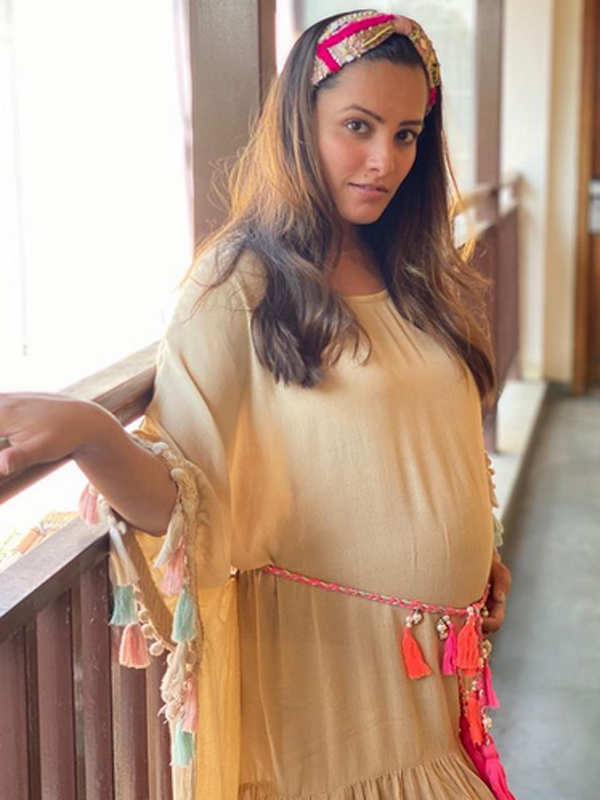 Stunning pictures from Anita Hassanandani's maternity shoot will surely leave you awe-struck