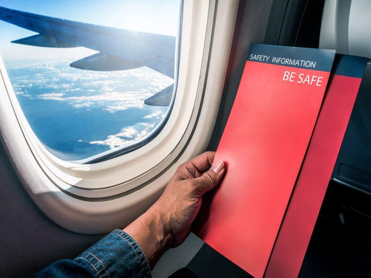 Thailand bans in-flight food, drink, all reading materials on domestic flights